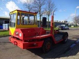 tracteur portuaire DOUGLAS Terminal tractor
